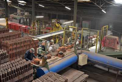 Icv industrie c ramique imerys ouvre les portes de la tuilerie doyet - Usine imerys en france ...